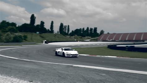 Italdesign Pits The Zerouno Supercar On The Track V10