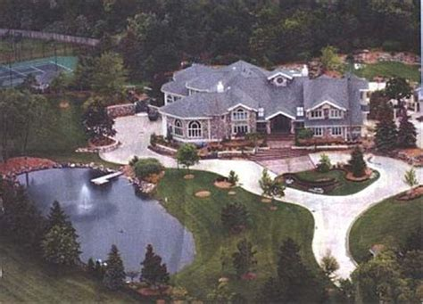 Eminem's Home  Rich People's Homes  Pinterest Home