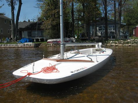 Scow Sailboat by 1998 Johson Boat Works C Scow Sailboats