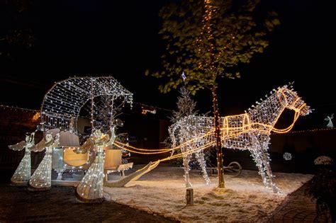 Weihnachtsdekoration Aussen Beleuchtet by Weihnachtsbeleuchtung Engel F 252 R Au 223 En Deco Led De