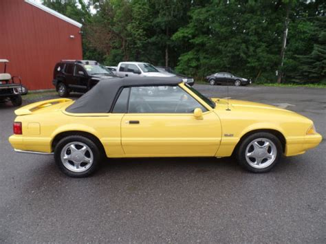 ford mustang lx  convertible  speed