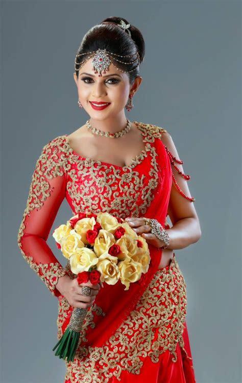 sri lankan bride saree bs   bridesmaid saree