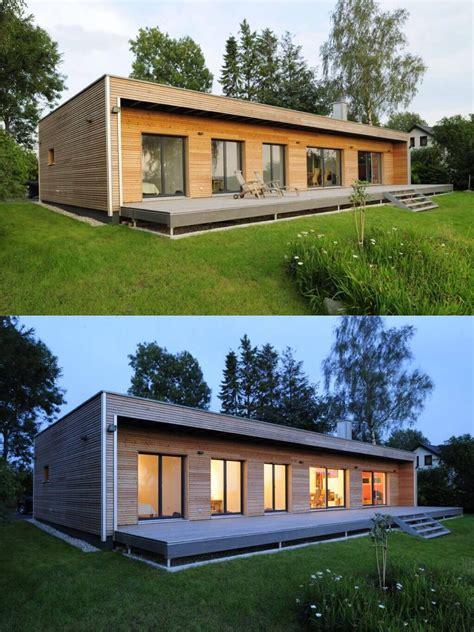 Moderne Häuser Mit Holz by Moderner Bungalow Mit Holz Fassade Und Riesiger Terrasse