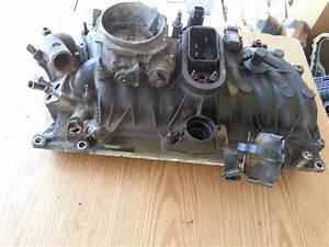 Gm Vortec 305  350 Intake Manifold