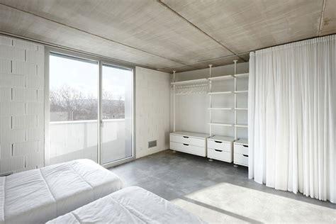 Vorhang Für Schrank by Wie Wir Uns Ein Podest Bauen Eine Diy Anleitung