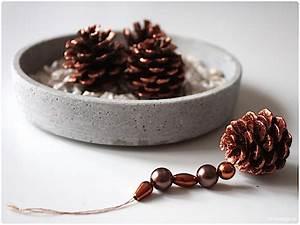 Basteln Kindern Weihnachten Tannenzapfen : n hblog modage weihnachtliche tannenzapfen anh nger basteln ~ Whattoseeinmadrid.com Haus und Dekorationen
