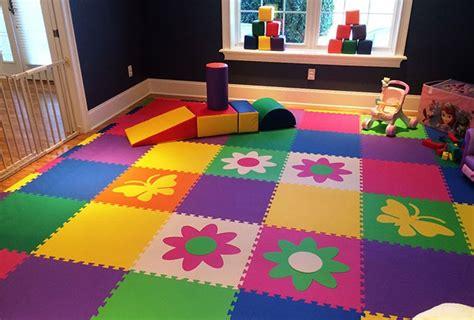 tapis de sol pour enfants chambre des enfants bien choisir le rev 234 tement de sol bricobistro