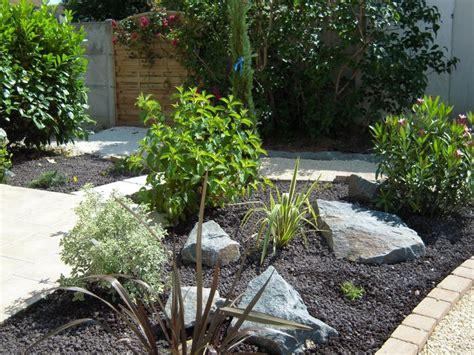 massif de v 233 g 233 taux jardins cour terrasse pinterest