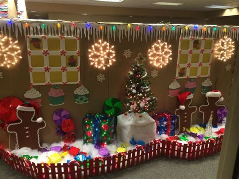 Gingerbread House Cubicle Decorations