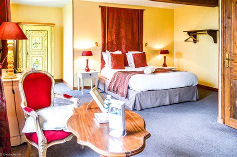 chambre pourpre les granges haillancourt chambre hotel avec