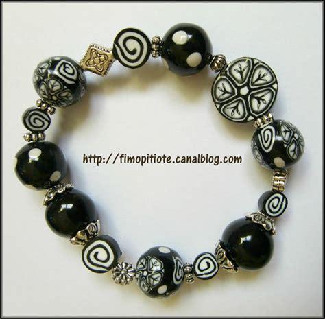bijoux noirs et blancs en p 226 te fimo pitiote et la