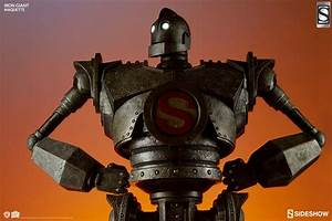 Cool Stuff: Sideshow's The Iron Giant Maquette Is Exquisite  Iron