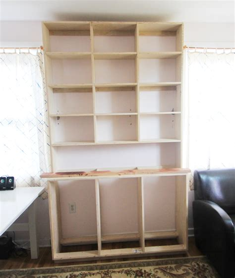 A Built In Bookcase by How To Build A Built In Bookshelf