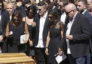 Jules Bianchi Et Camille Marchetti : jules bianchi funeral takes place as lewis hamilton joins mourners for tragic f1 driver daily ~ Maxctalentgroup.com Avis de Voitures
