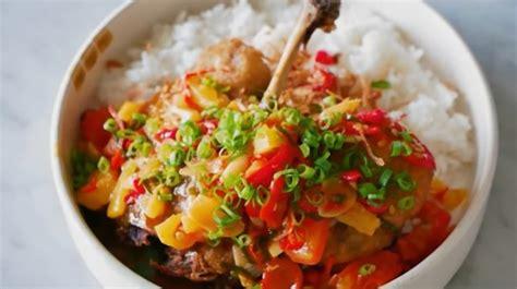 Mau tau bagaimana cara membuat sambel lalapan yang enak dan tentu saja pedas? Resep Sambal Lalapan Bebek Goreng / Resep Bebek Goreng Surabaya : Dari sekian banyak teman nasi ...