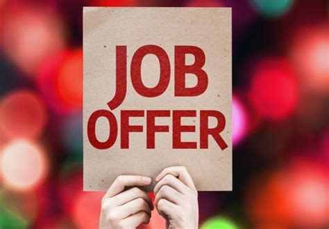 job offer the social work offer decline or accept socialworker
