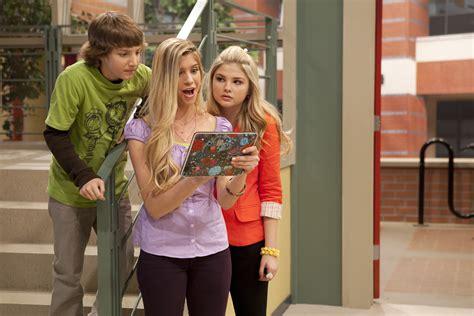 Allie Deberry On Disney Channel's A.n.t. Farm
