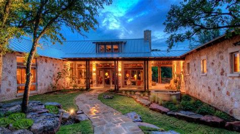 shaped ranch house hill country homes home  shaped houses