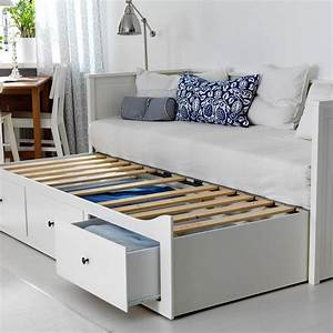 25 best ideas about lit gigogne ikea on pinterest for Stickers chambre enfant avec banquette futon 160x200