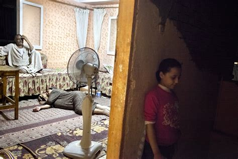 Exposing The Lives Of Egyptian Families Egyptian Streets