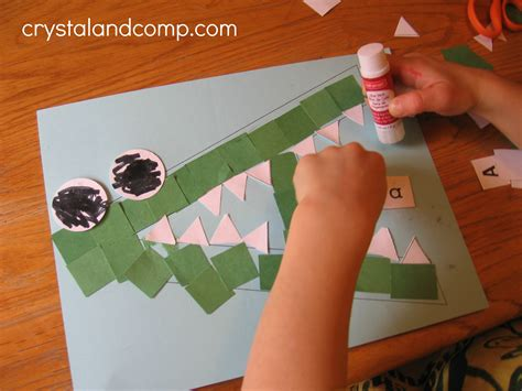 letter of the week a is for alligator 742 | A is for alligator preschool craft 9 crystalandcomp1