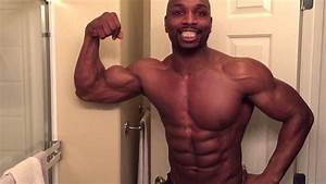 8 Pack Abs Hitch Flexing