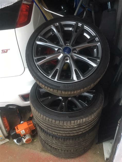 ford fiesta st  alloy wheels  mint