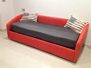 Rifoderare Divano Costi: Come foderare un divano con penisola la seduta Divano bianco angolare