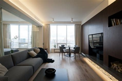 ultra modern moscow apartment   glass wall