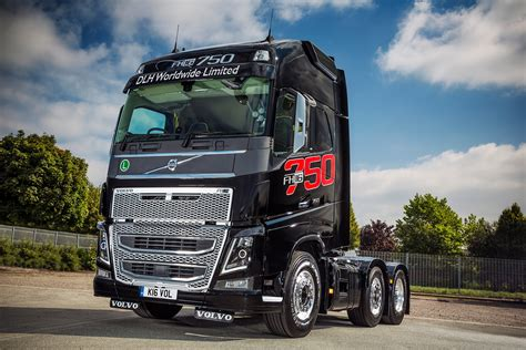 volvo new truck 2016 mike boyd caroline gardner and their volvo fh16 750