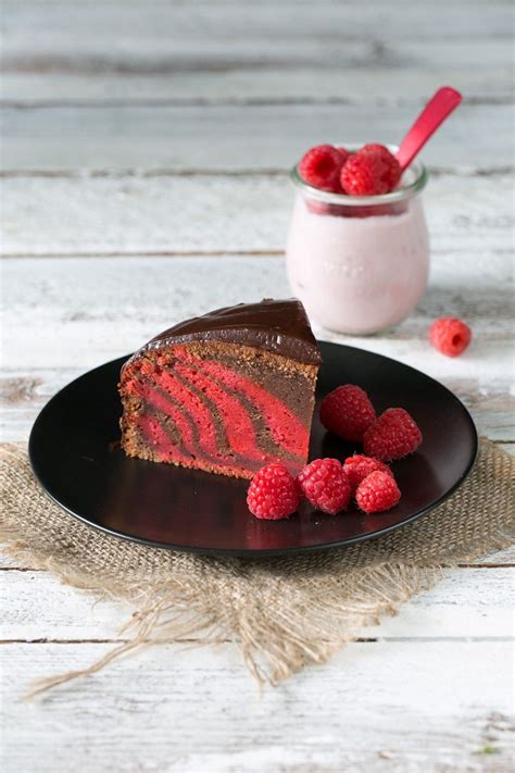 Kuchen Muster by Raspberry Yoghurt Zebra Cake Himbeer Joghurt Zebra Kuchen
