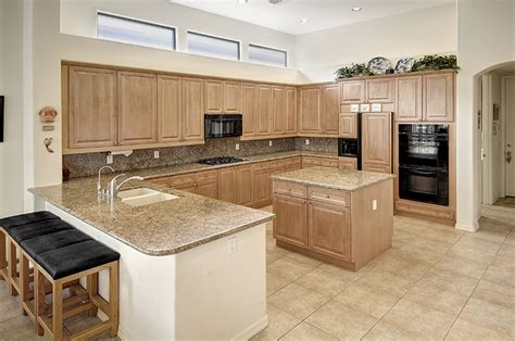 what is a kitchen color sure to inspire culinary delights the eat in island 9640