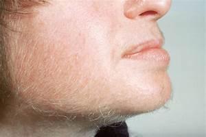 vrouwen gezicht scheren