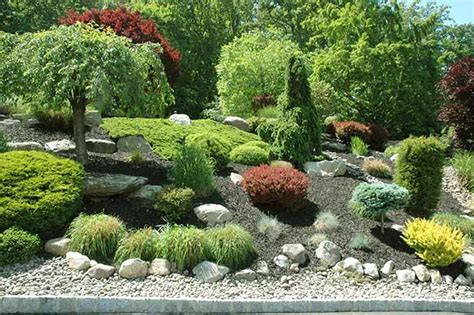 pictures of rock gardens landscaping sweet homes on pinterest landscaping rocks modern houses and weathering steel