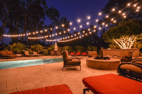 Backyard Lights by Market Lights At A Backyard Wedding In A Starburst Display