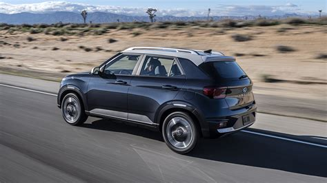 Engine sizes and transmissions vary from the wagon 1.6l 6 sp manual to the wagon 1.6l 6 sp automatic. The 2020 Hyundai Venue Is a New Bouncing Baby SUV ...