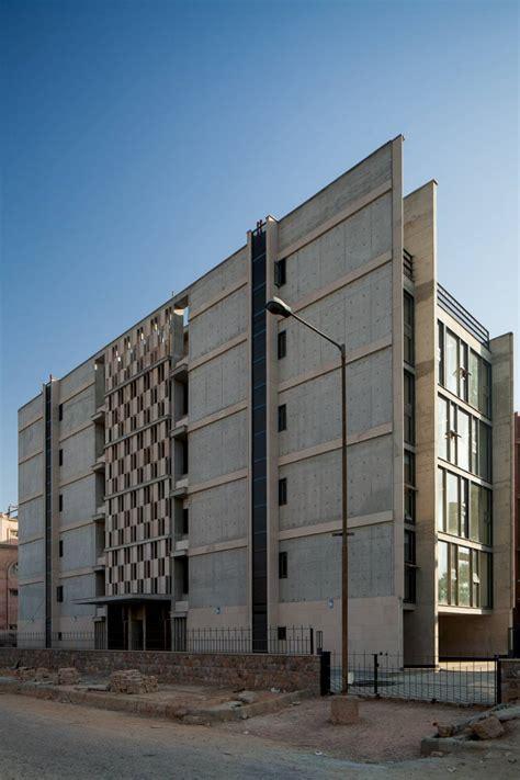Arquitectura Racional Frente A Arquitectura Racionalista