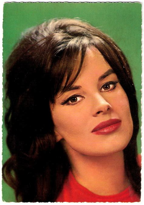 1960s Hairstyles For Women