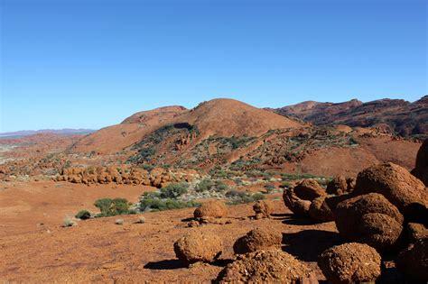 Central Australia & Uluru - Red Earth | Red Earth