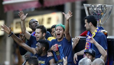 FC Barcelona celebrates La Liga tittle in its hometown ...