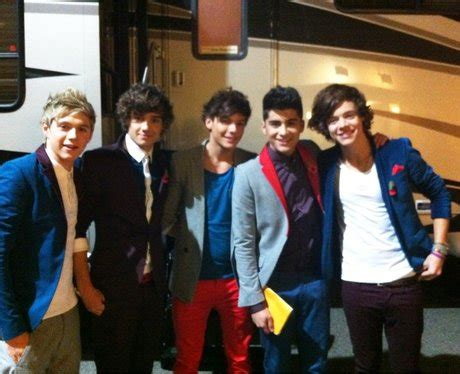 One Direction - Twit Pix Of The Week - Capital