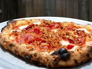Stanley39s Farmhouse Pizza Austin TX