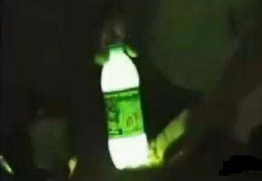 c 243 mo hacer una luz de emergencia con una botella