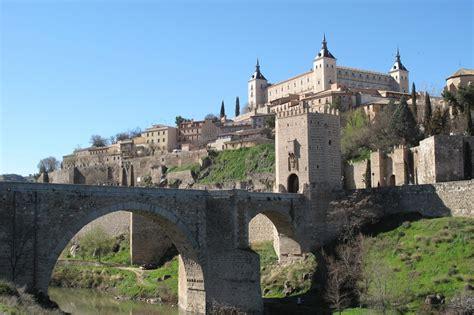 castle siege flash l 39 alcazar rectangulaire de tolède