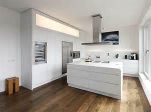 wohnideen minimalistischen esszimmer über 1 000 ideen zu moderne küchen auf moderne küchendesigns modernes
