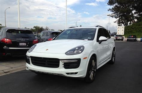 test drive review  porsche cayenne gts youwheel