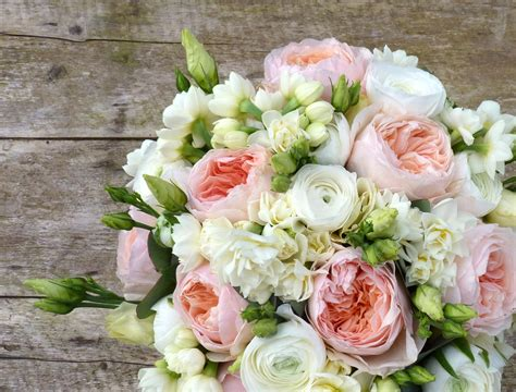 wedding present registry wedding flowers beautiful and meaningful
