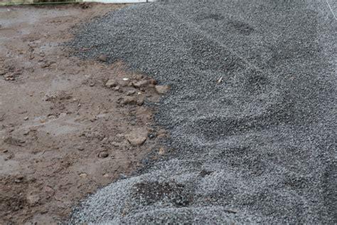 pflastersteine verlegen sand oder splitt au 223 enanlage gestalten anleitung pflaster verlegen