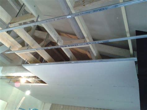 plafond en plaque de platre maison travaux