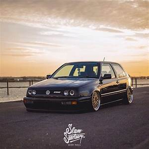 Remise A Zero Golf 5 : powey s bagged volkswagen mk3 golf vr6 is one of the best sitting examples we ve come across ~ Medecine-chirurgie-esthetiques.com Avis de Voitures